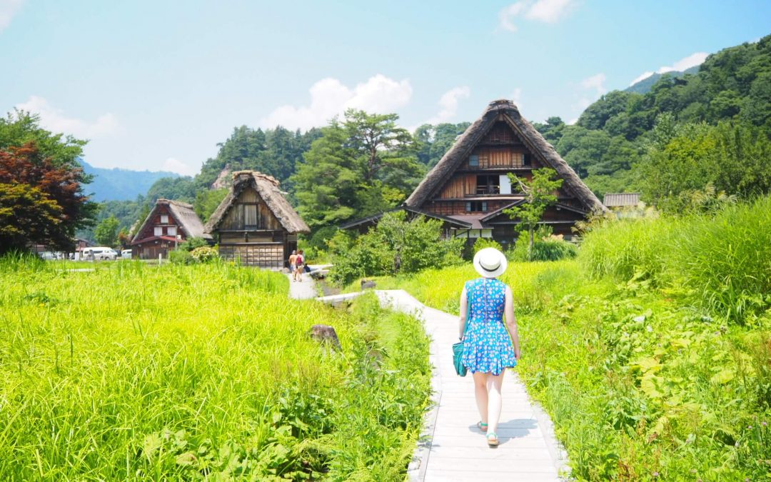A Perfect Day Trip to Shirakawago from Nagoya – What to Do, Where to Eat and How to Get There
