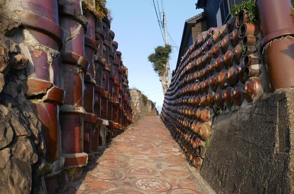 Pottery Path in Tokoname on a sunny day